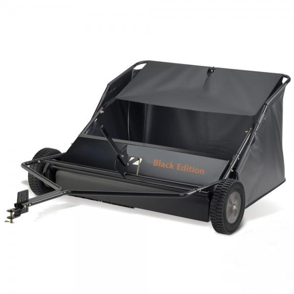 Black Edition PROFI Anhänge-Rasen- und Laubkehrmaschine - 107cm